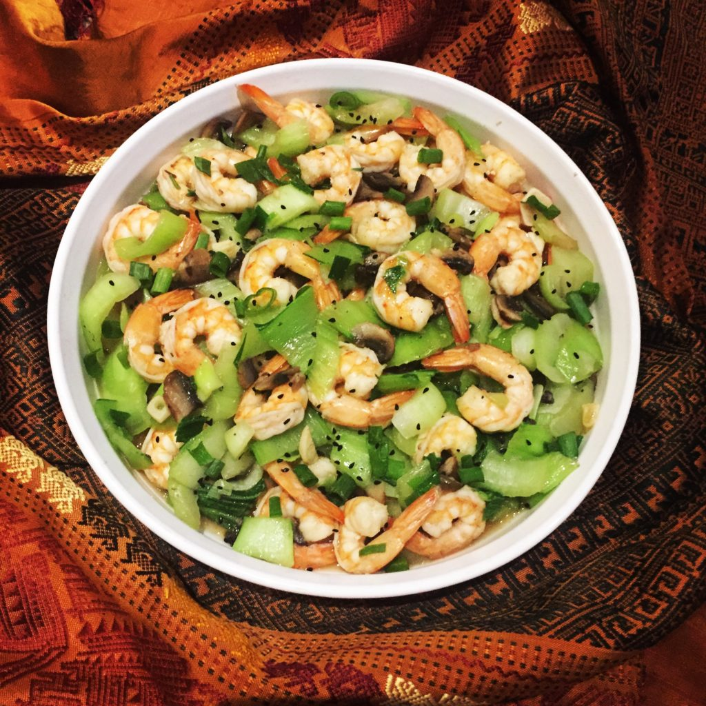 happiness is an action! See how some shrimp and veggies can do to bring a smile at dinner?